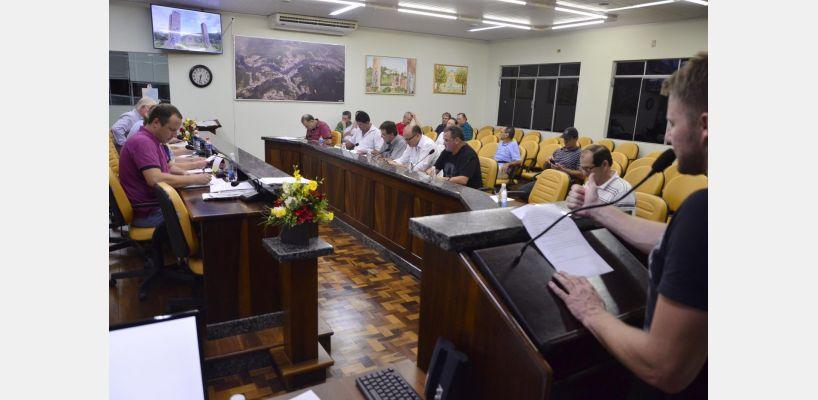 Trabalhos legislativos da sessão de 19 de março