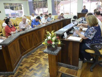 Três projetos de lei são aprovados em discussão final
